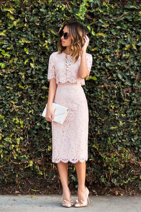 petite fashion blog, lace and locks, los angeles fashion blogger, lace midi dress, pink lace midi dress, feminine fashion, romantic fashion, bow heels, ysl white clutch