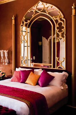 Be inspired by the Middle East in your bedroom