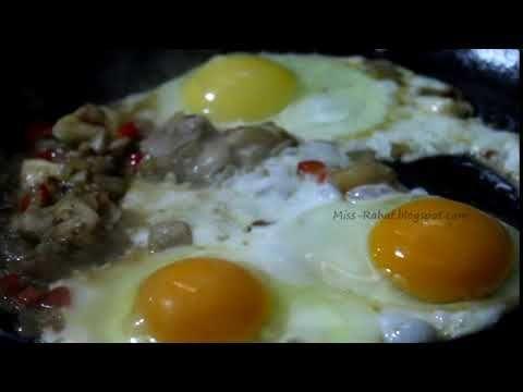 بيض مقلي بالفطر Food Breakfast Eggs