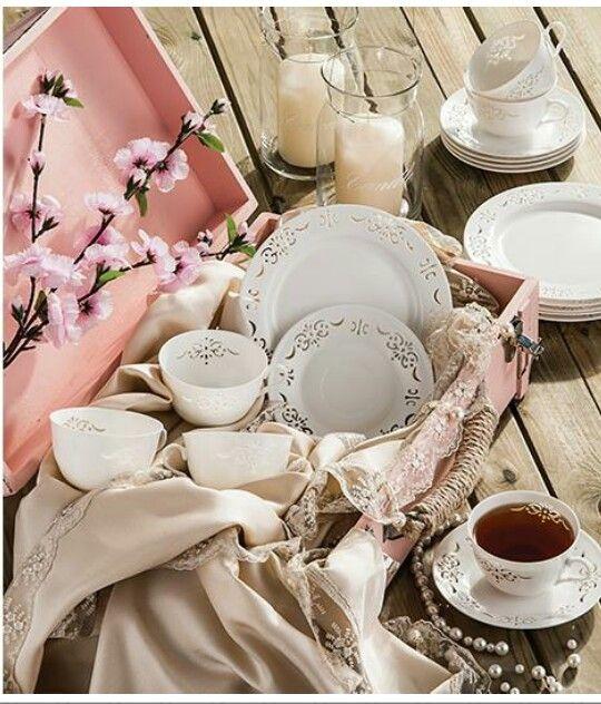 Neva dantelli çay takımı
