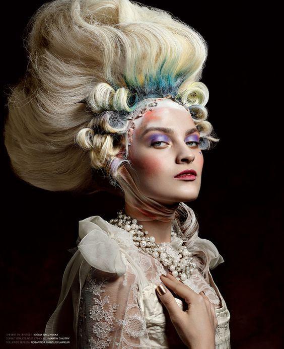 Coiffure Marie Antoinette Par Vincent Alvarez Renaissance Makeup Rococo Fashion Marie Antoinette