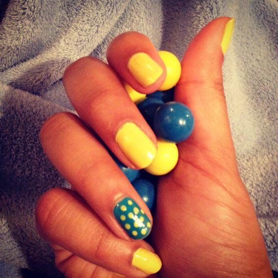 Spring into summer nails <3