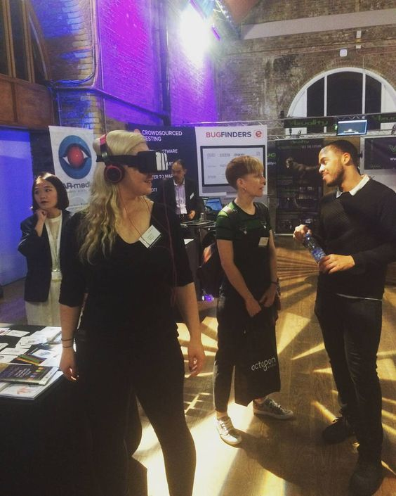 An awesome Virtual Reality pic! Casual VR. @TheTechExpo @freeformers_uk #vr #virtualreality #samsunggear by martholio check us out: http://bit.ly/1KyLetq