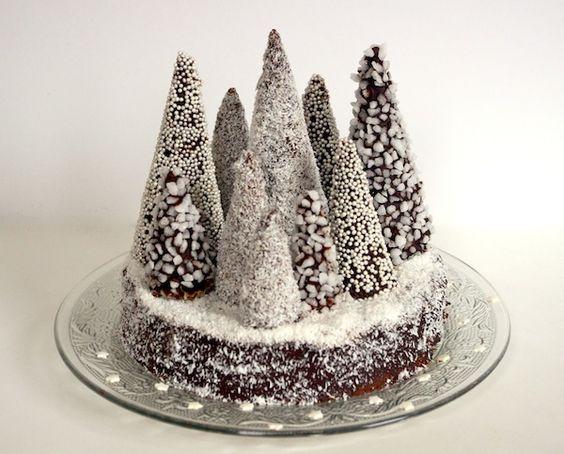 buche marrons foret sapins noel La bûche de Noël revisitée   Forêt de sapins enneigés marrons chocolat