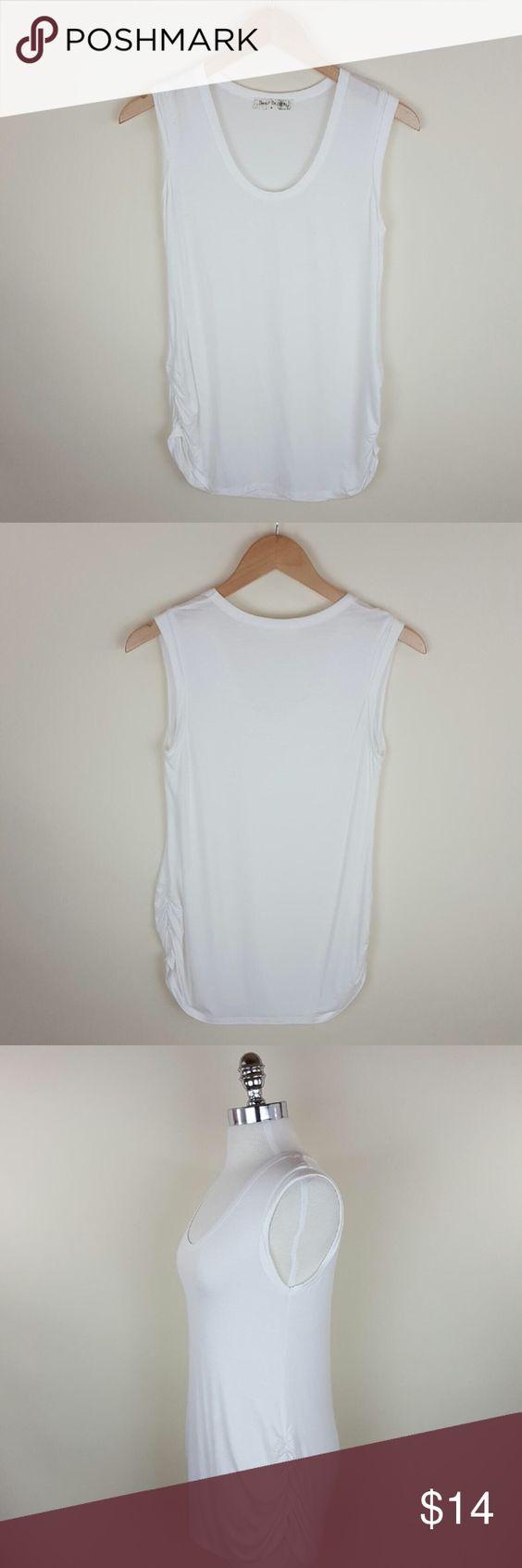 Side rouched tank Side rouched tank 95% rayon 5% spandex Tops Muscle Tees