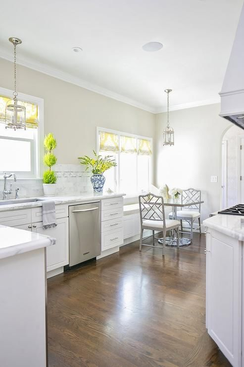White Shaker Cabinets Discount Trendy In Queens Ny White Shaker Cabinets White Shaker Kitchen Kitchen Cabinet Design