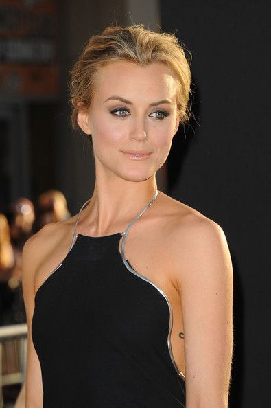 Make up Inspiration... I just thought this was beautiful. Taylor Schilling