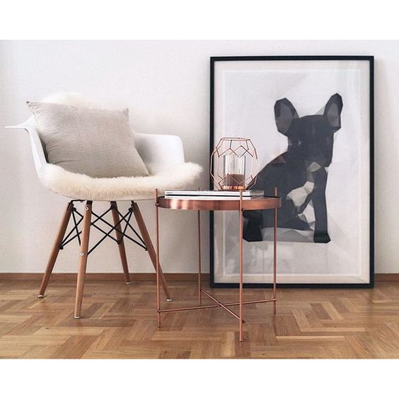 Surround yourself with what you love.  Wonderful, @theresare_sophie! http://bit.ly/French_Bulldog