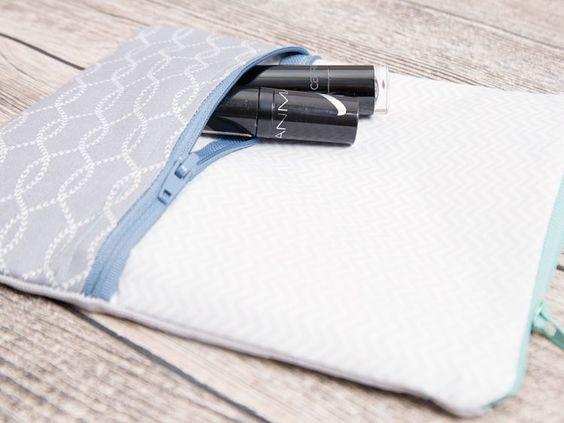 DIY-Anleitung: Kosmetiktasche mit zwei Reißverschlussfächern nähen via DaWanda.com