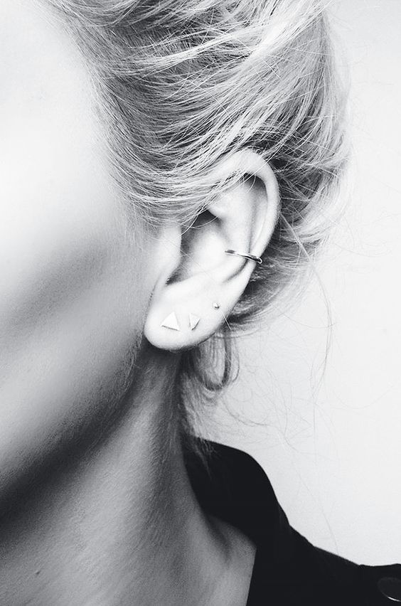 16 Jewellery Layering Photos That Are Crazy Popular on Pinterest via @WhoWhatWearUK