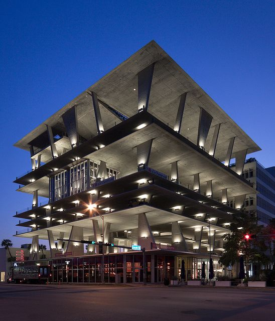 Garage Design Architecture: Parking Garage At 1111 Lincoln Road