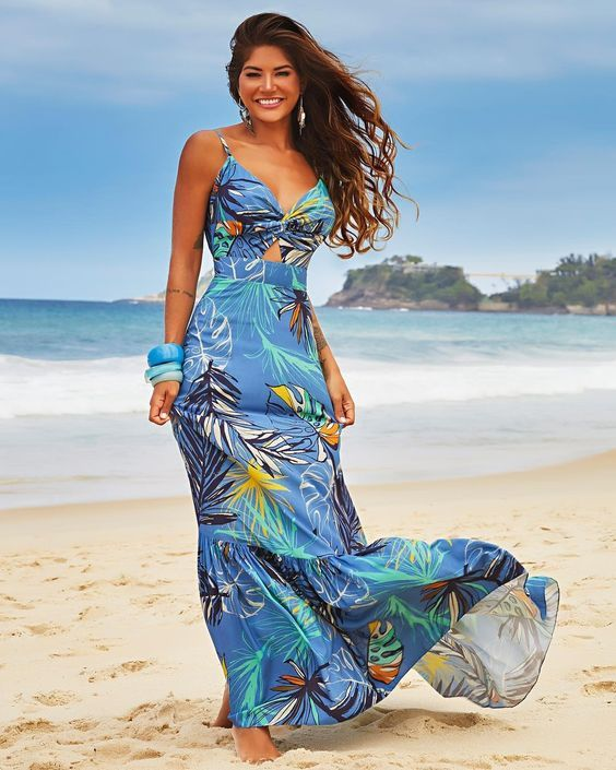 56 Maxi Floral Dresses To Rock This Year outfit fashion casualoutfit fashiontrends