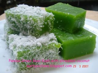 Coconut and pandanus are a sweet temptation match!   Pandan Green Bean Kueh with shredded coconut