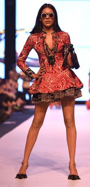 Fashion Pakistan Week Autumn Winter 2014 - Ather Hafeez for Sana Safinaz | RedAliceRao