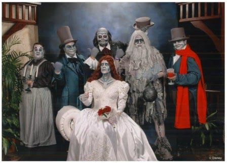 Image from http://4.bp.blogspot.com/-GQrm45MrXFM/VBXVJlzxbbI/AAAAAAABDuU/MyehR1IphV0/s1600/hauntedmansionghosts.jpg.