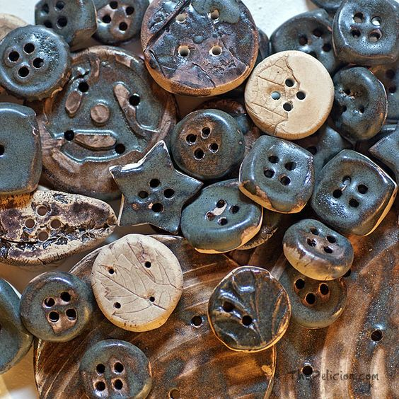 Chicory Ceramic Buttons