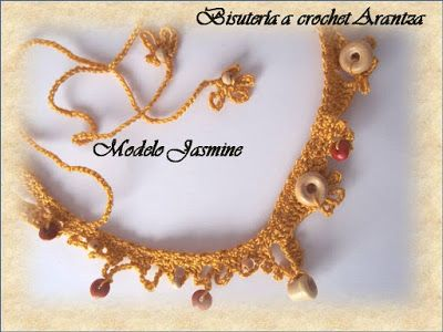 Necklace jewelery