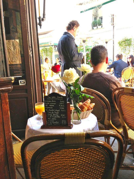Focus On Paris: Petit déj' en terrasse