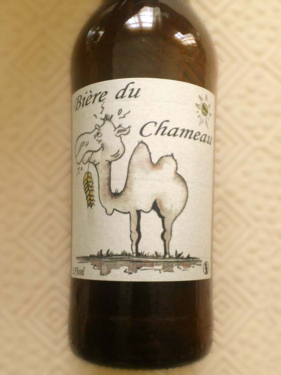 «On ne rassasie pas un chameau en le nourrissant à la bière.»