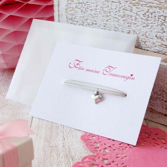 Herz Armband für die Trauzeugin als Geschenk. Geschenkideen für die Trauzeugin als Dankeschön!  Foto: Ja-Hochzeitsshop