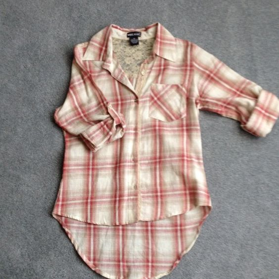 NWOT Wet Seal Plaid Hi-low Top New without rage hi-lo too from wet seal! Lace back button down. Perfect for the Luke Bryan concert this summer!!! Wet Seal Tops