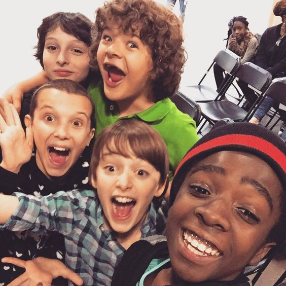 The cast of Stranger Things. Noah Schnapp, Finn Wolfhard, Gaten Matarazzo, Caleb McLaughlin, Millie Bobby Brown.