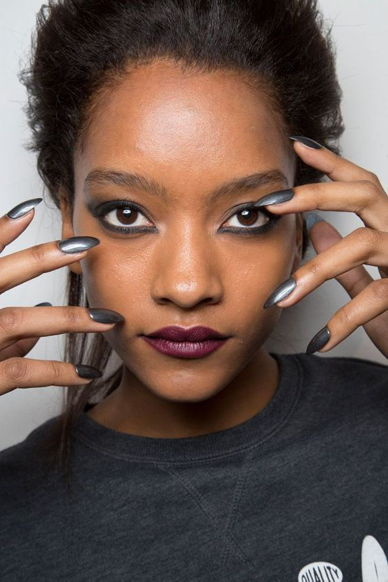 Pin for Later: The Top 18 Nail Art Trends From the Fashion Week Runways John Richmond Fall 2015