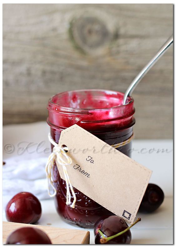 Homemade Cherry Pie Filling - Kleinworth & Co - sub gluccie and xylitol