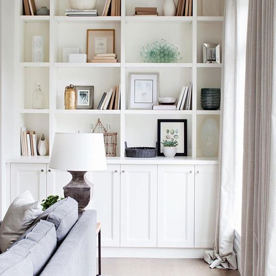 Shelving love. Beautiful details and decor make this home so inviting. #kellydeckdesign #decor #interiordesign #home #westcoastdesign #details #featurehomes