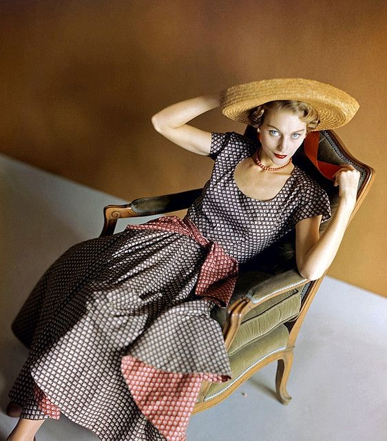 From 1948 Vogue. < You could wear this combo today!