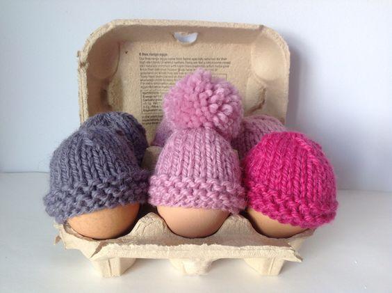 Knitting Patterns For Egg Cosies : Egg cosy. Easy project for beginner knitter. Knitting Pinterest Hats, P...