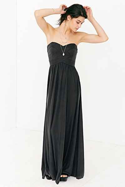 Kimchi Blue Gretchen Strapless Maxi Dress - Urban Outfitters