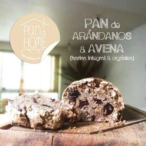 : pan de arándanos & avena by pan at home. hot bread morning delivery.