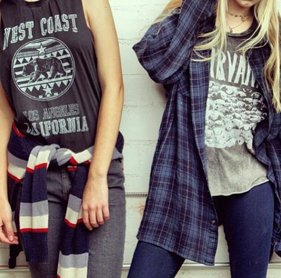 Skater girl fashion . Style . Flannels . Graphic tees . Layers