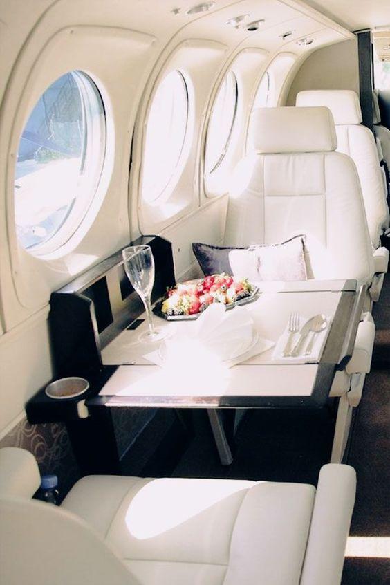 Long Haul Beauty: How To Stay Fresh On A Flight
