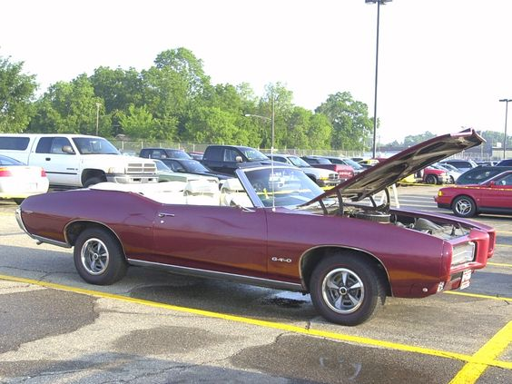 Cars 1969 Pontiac GTO Convertible Maroon Svr 2002
