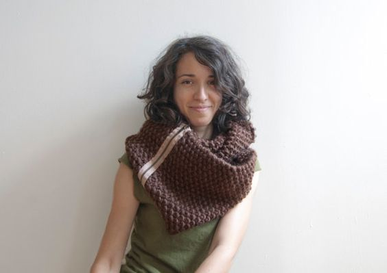 Zipper Cowl - Chunky wool with contrast zipper in clove and taupe