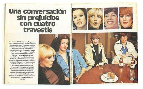Reportaje publicado en 'El libro de los travestis' (Ediciones Zeta, 1978). En la foto principal, Sonia Rescalvo aparece a la derecha del todo, con chaqueta blanca y camisa azul. El libro ha sido cedido por Beatriz Espejo