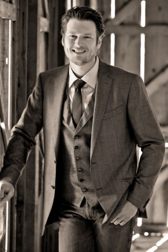 Blake Shelton Blake Shelton Pinterest Stables Suits