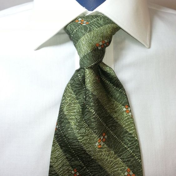 Calvin Klein 100% Silk Men's Carbon Stripe Green Neck Tie Made in USA #CalvinKlein #NeckTie