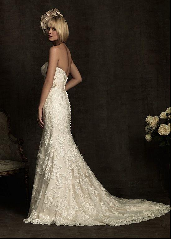 Robe de mariée élégante en tulle et satin sirène sans bretelle