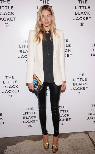 White jacket, grey button up, black skinnys, nude booties. Also like book cluch