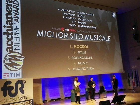 Rockol vince il premio 'Miglior sito musicale' ai Macchianera Internet Awards 2016 https://t.co/jlEKz4Gn6v https://t.co/5duIYGEmEA