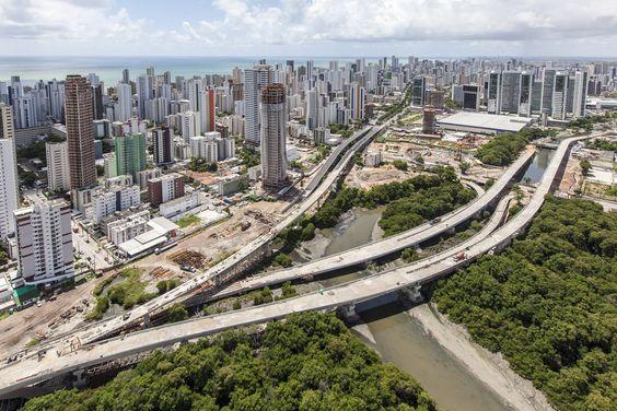 """* Recife * Pernambuco, Brasil.   """"Via Mangue"""".  Zona Sul da Cidade."""