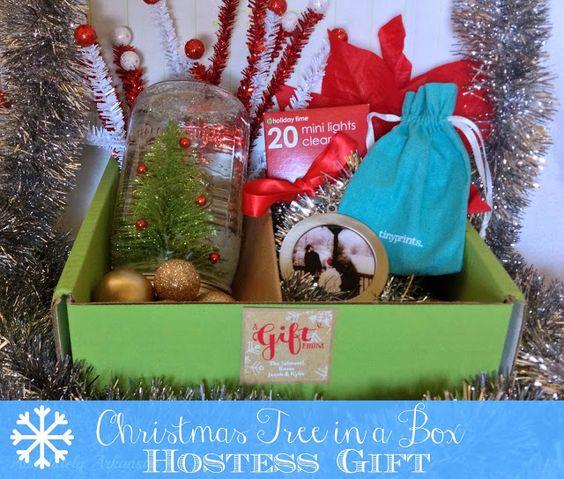 Absolutely Arkansas: Christmas Tree in a Box. #DIY hostess gift.