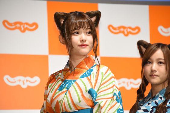 猫耳をつけた松村沙友理