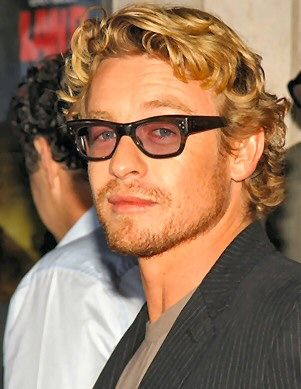 I'm totally rocking the Simon Baker hairstyle now.  Lookin' good.