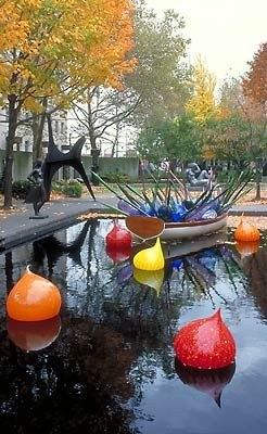 (L) DALE CHIHULY BOAT, 1999 COLUMBUS, OHIO