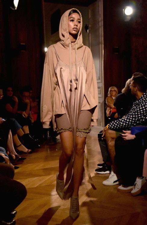 Doncella testigo En la mayoría de los casos  Fenty x Puma RTW Spring 17 - April 25 2019 at 03:00PM - Beautiful Fashion  Inspiration - Fashionable Trends and International Brands - Cl…   Fashion,  Clothes, Fenty