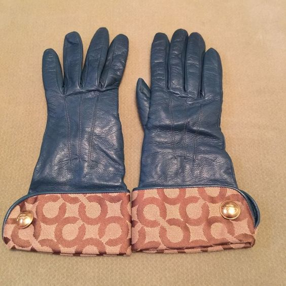 Teal color Coach Gloves Cute n sassy Coach Gloves Coach Accessories Gloves & Mittens